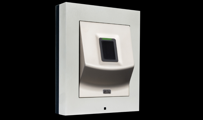2N Acces Unit Fingerprint Reader