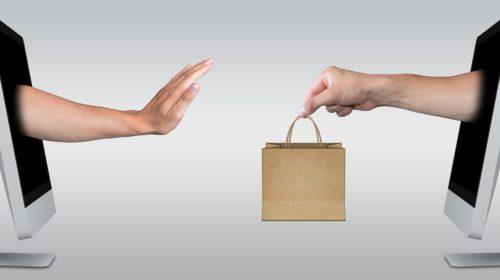 Kamenným obchodům před e-shopy dává přednost tři čtvrtiny zákazníků